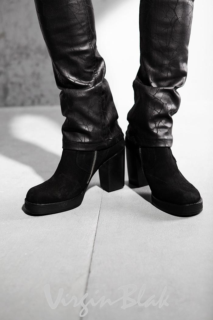 0MI_Premium_10-cm_Heel_Leather_Boots_10.jpg